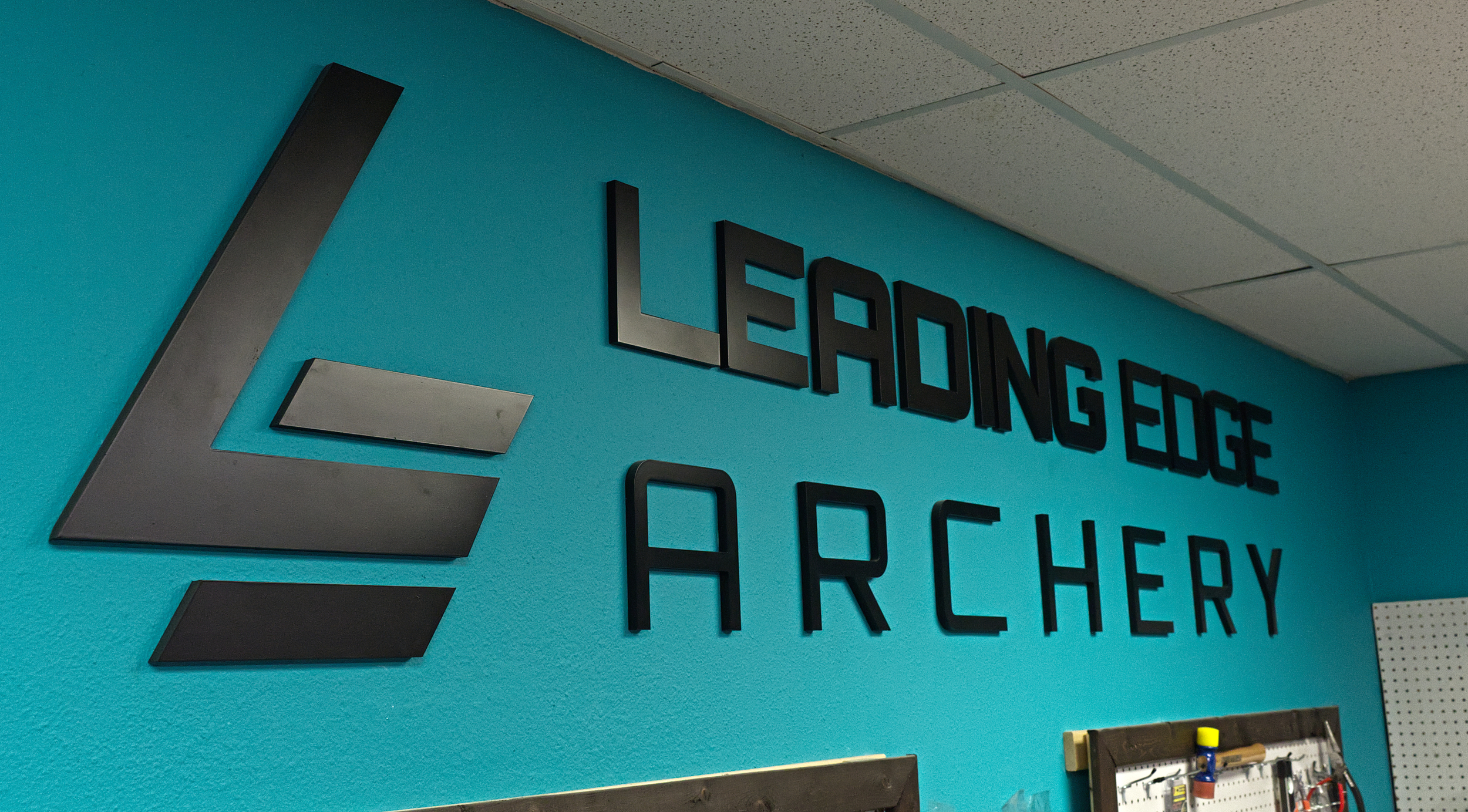 Leading Edge Archery sign